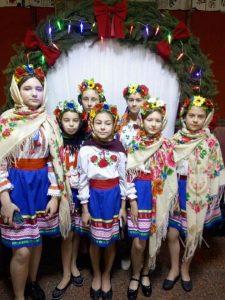 Долучаємось до українських святкових традицій